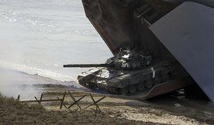 Rosja zbroi się na granicy z Polską