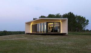 Naprawdę mały dom z prefabrykatów. Zobacz zdjęcia miniaturowego domu