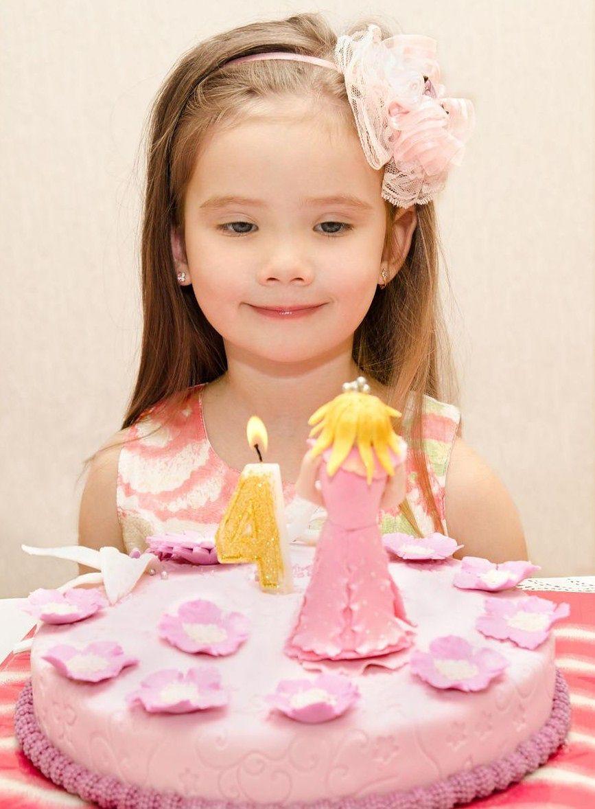 Dziewczynki uwielbiają księżniczki