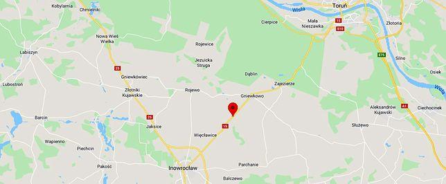 Tragiczny wypadek pod Inowrocławiem. Ciężarówka uderzyła w tico