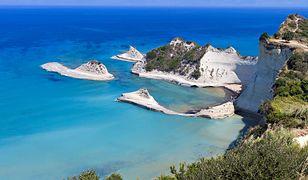 Wakacje na Korfu to błękitne morze, bezchmurne niebo i boskie plaże