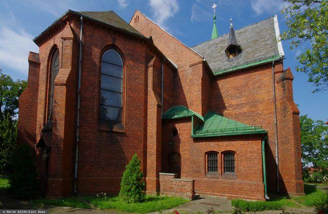 Kościół w Kopernikach (zdjęcie ilustracyjne)