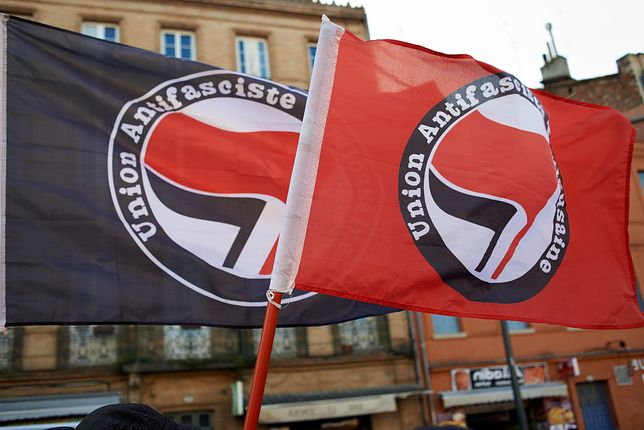 """Francja. """"Antifa zaatakowała procesję katolików w Paryżu"""""""