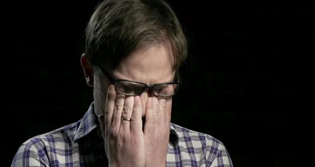 """Nowy film Sekielskiego. Jest zwiastun """"Zabawy w chowanego""""!"""