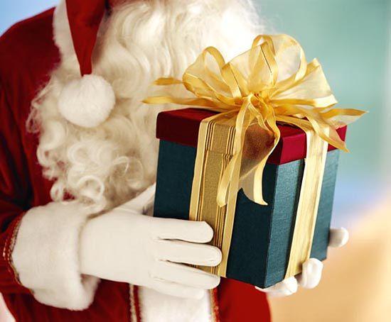 Kto dostaje prezenty w dniu św. Mikołaja?