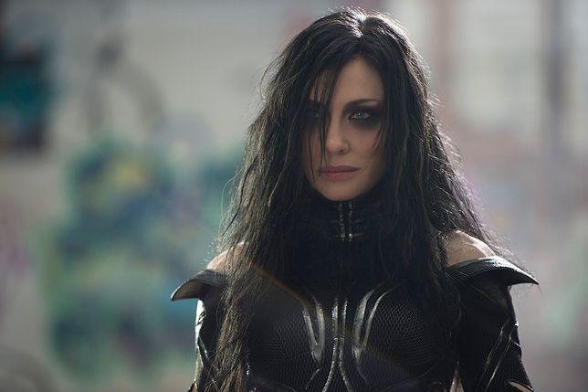 "Cate Blanchett jako Hela w filmie ""Thor: Ragnarok"""