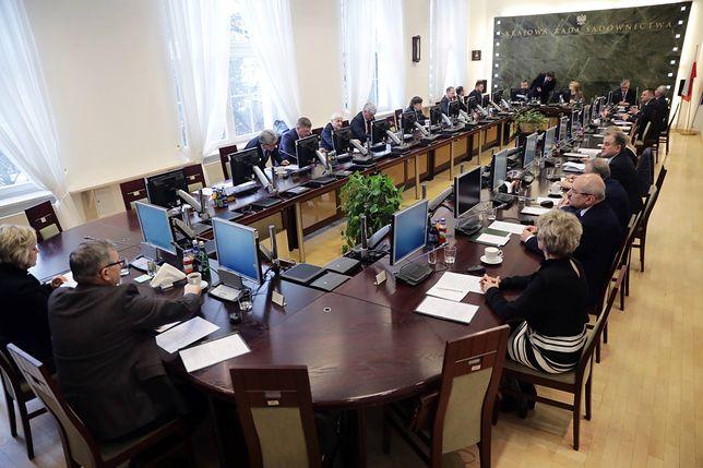 Kandydat do KRS pilnie poszukiwany. Sejm prawdopodobnie będzie musiał znowelizować ustawę