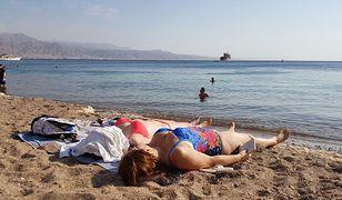Jednym z polecanym miejsc na wakacje w marcu jest Ejlat. Temperatury w kurorcie sięgają wtedy nawet 30 st. C