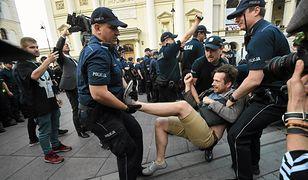 """Przesłuchania, mandaty, zatrzymania... """"Działania policji nas motywują"""""""