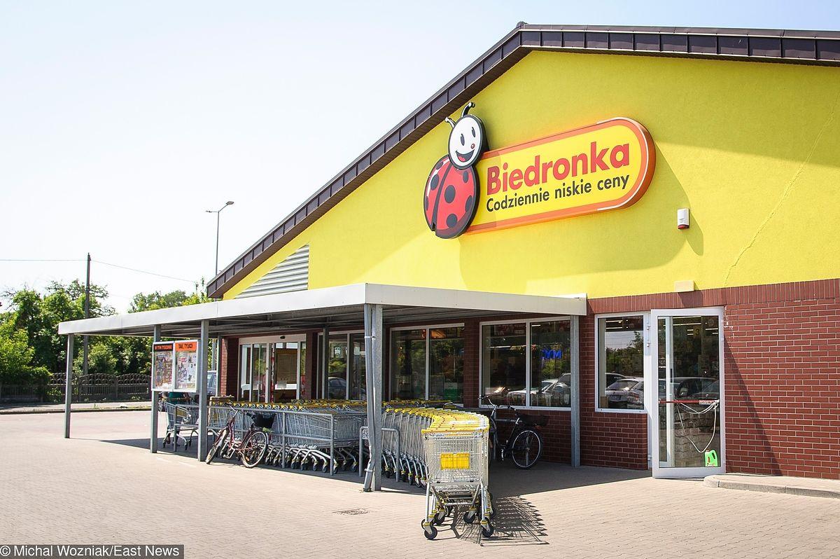 Plus daje 10 zł na zakupy w sklepach Biedronka