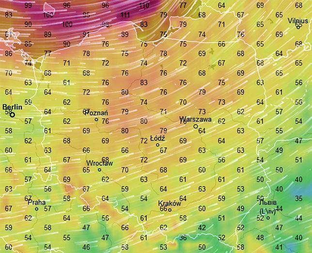 Najsilniej wiać będzie w piątek po południu na północy (nad samym morzem ponad 110 km/h)