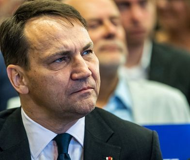 """Radosław Sikorski uważa, że w aferze KNF """"kręci się ciemne interesy na najwyższych szczeblach władzy"""""""