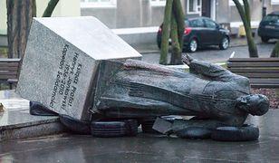 Pomnik prałata Jankowskiego zniszczono w połowie lutego