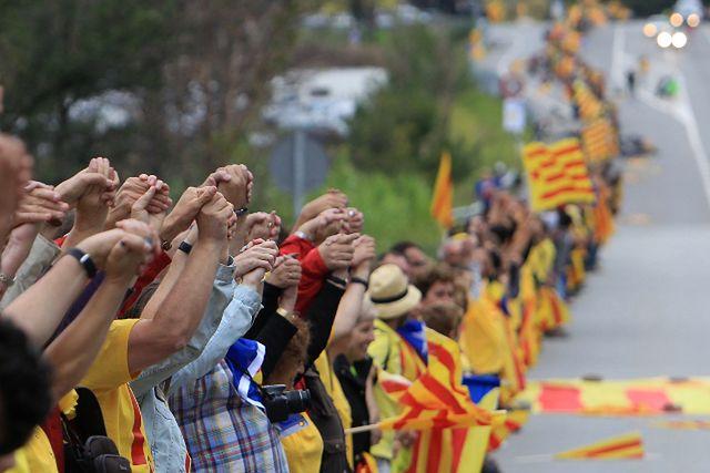 Chcą nowego kraju w Europie, wyszli na ulice - zdjęcia