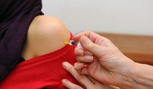 Zdaniem ekspertów zapewnienie zbiorowej odporności wymaga szczepień 95 proc. populacji. Obecnie w Czechach ten wskaźnik wynosi 90 procent