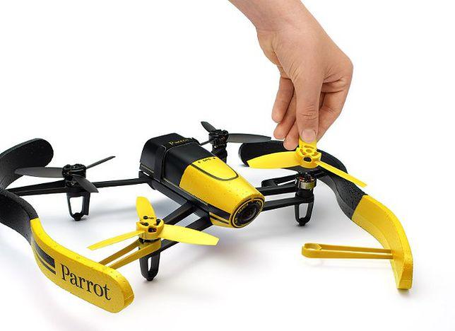 Lataj, filmuj, fotografuj - nowy dron Parrot Bebop