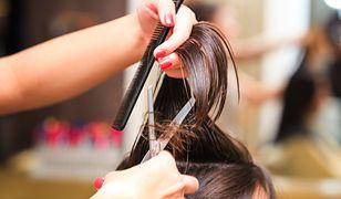 """Fryzjerka przez 13 godzin pracowała nad fryzurą nastolatki. """"Najtrudniejsze zadanie w życiu"""""""