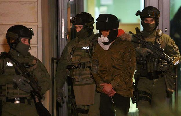Służba Więzienna ws. ataku Kajetana P.: niedostateczna ostrożność wobec osadzonego