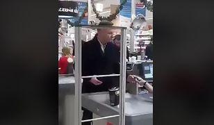 """Andrzej Duda w supermarkecie hitem w sieci. Prezydent kupuje nawet do lodówki pałacu. """"Lubi tatara z polskiej wołowiny"""""""