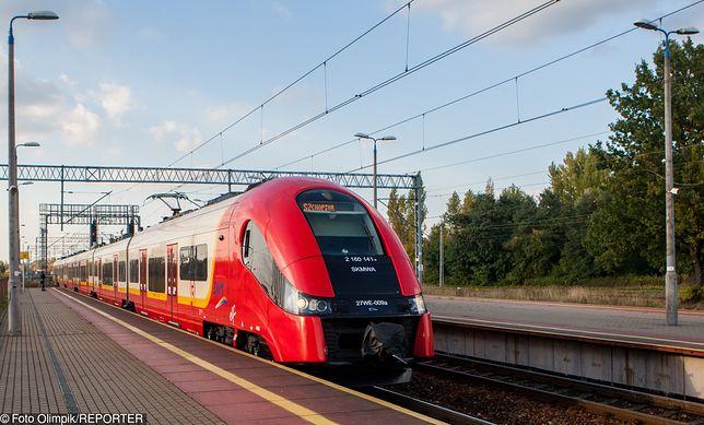 Koparka uszkodziła rurę z gazem w pobliżu stacji Warszawa Falenica- ruch został wstrzymany