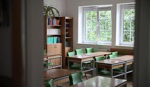 Warszawa. Nauczyciele i uczniowie na kwarantannie