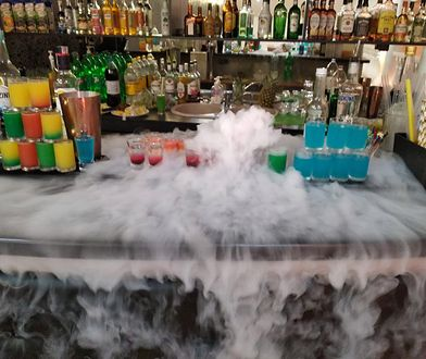 Bar na weselu to nie tylko dobre drinki, ale przede wszystkim widowisko