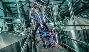 Speedbird 100 określony został mianem pierwszego na świecie piwa, które uwarzone zostało na wysokości 40 tys. stóp (ok. 12 km)