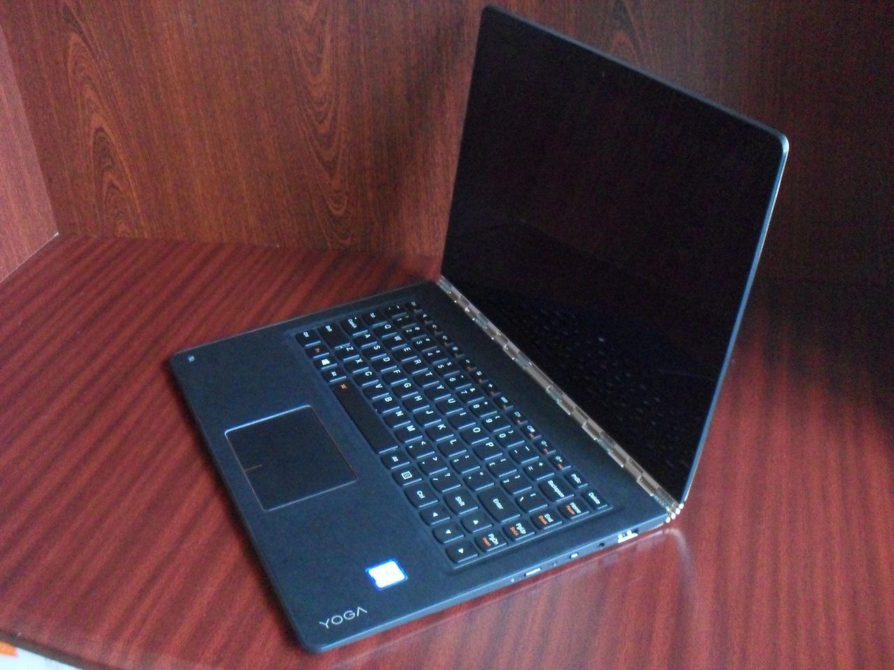 Laptop konwertowalny Lenovo YOGA 900 — ogólne wrażenie
