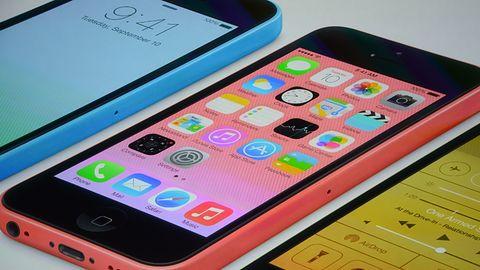 """""""Tani"""" iPhone 5C w wersji 8GB debiutuje w Polsce i innych krajach Europy"""