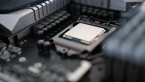 Intel. Udało się wyodrębnić tajny klucz szyfrujący używany do zabezpieczania mikrokodów