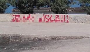 Chorwaci w szoku. Polscy turyści zostawili po sobie obraźliwe graffiti