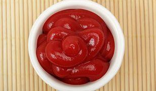Ketchup pomoże w zmywaniu