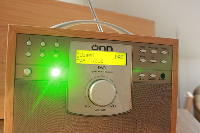 Wszystkie radia do wymiany? Przecież to bez sensu!