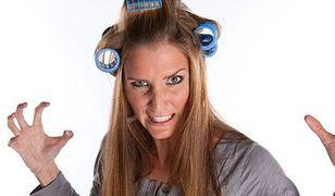 Błędy, które sprawiają, że włosy wyglądają na cieńsze