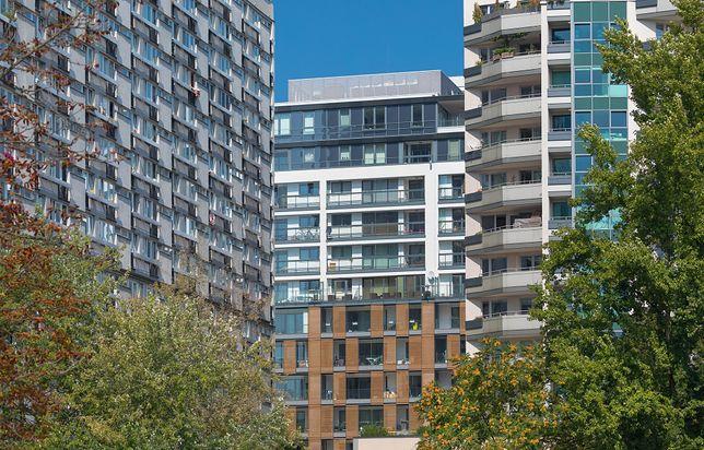 W Warszawie trzeba odłożyć 120 średnich pensji, żeby kupić 50-metrowe mieszkanie