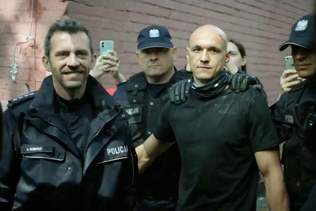 """Inicjatywa """"Wolne Sądy"""" podpowiada, jakie prawa ma zatrzymany przez policję obywatel"""