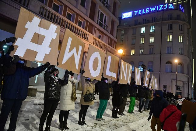 Kolejny spadek Polski w rankingu wolności prasy. W uzasadnieniu repolonizacja mediów
