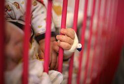 Matce głodzonego niemowlęcia postawiono zarzuty. Kobieta nie czuje się winna