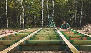 Dom tani w budowie – jak go zbudować?