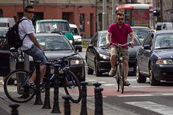 Kierowcy kontra rowerzyści. Kto ma rację?