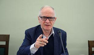 Przewodniczący RMN: media komercyjne są wojującą stroną sporu politycznego