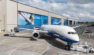 Deamlinery zakłócają system ILS lotniska Chopina. Niebezpieczne lądowania w Warszawie