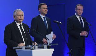 Jarosław Kaczyński, Andrzej Duda i Marcin Mastalerek w siedzibie PiS