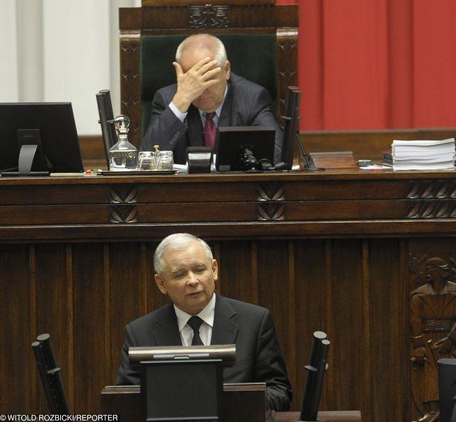 Niesiołowski jest najpopularniejszy w sieci, ale z niechlubnego powodu