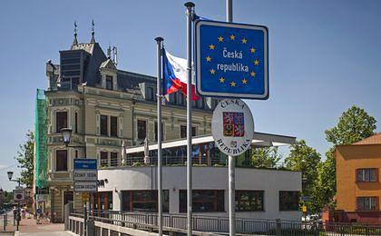 Podrobione czeskie winiety zalewają rynek