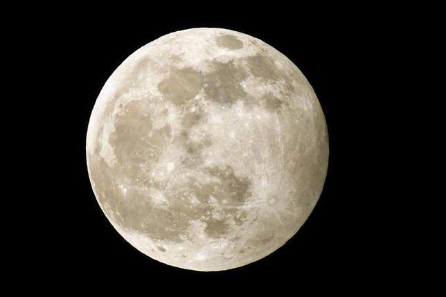 """Pełnia księżyca 10 stycznia. """"Wilczy Księżyc"""" w Zakopanem"""