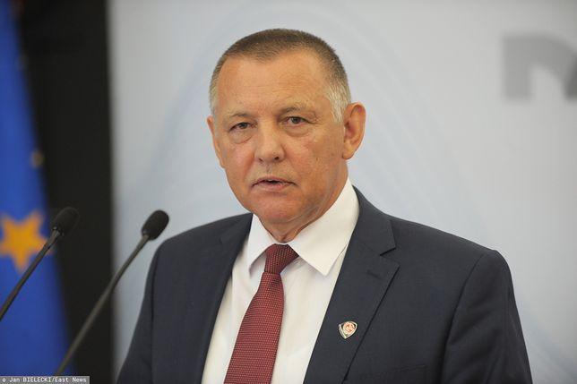 Marian Banaś miał podać się do dymisji, ale nagle zmienił decyzję i pozostał na stanowisku prezesa NIK