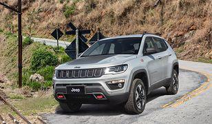 Ponad 70 funkcji Jeepa Compass służy bezpieczeństwu kierowcy i pasażerów
