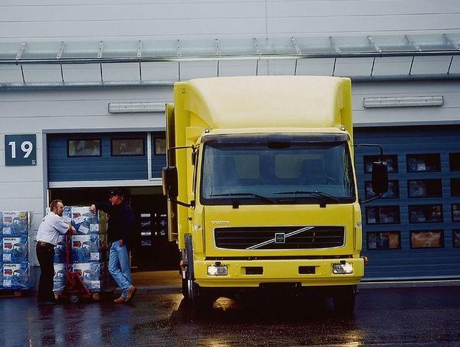 Kierowcy ciężarówek jeżdżą po stolicy jak chcą!