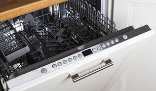 Używając domowych detergentów do zmywarki zaoszczędzisz dużo pieniędzy